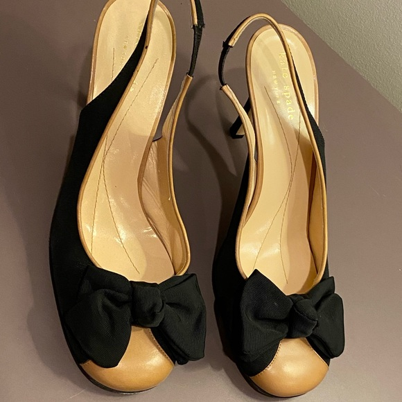 Kate Spade Tan & Black Bow Tie Slingback Heels 7.5